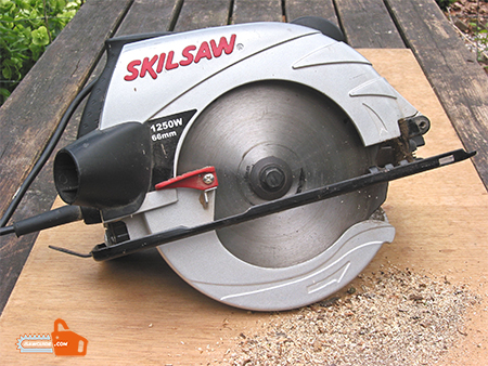 How to set the circular saw blades